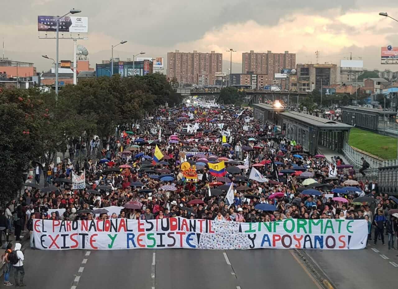 Multitudinarias protestas  en Colombia contra el gobierno de Iván Duque