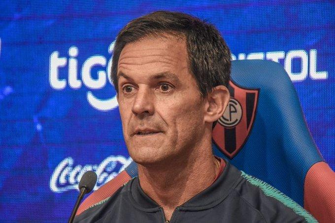 """Bernay, técnico de Cerro Porteño: """"Hay que trabajar igual desde el primer hasta el último día"""""""