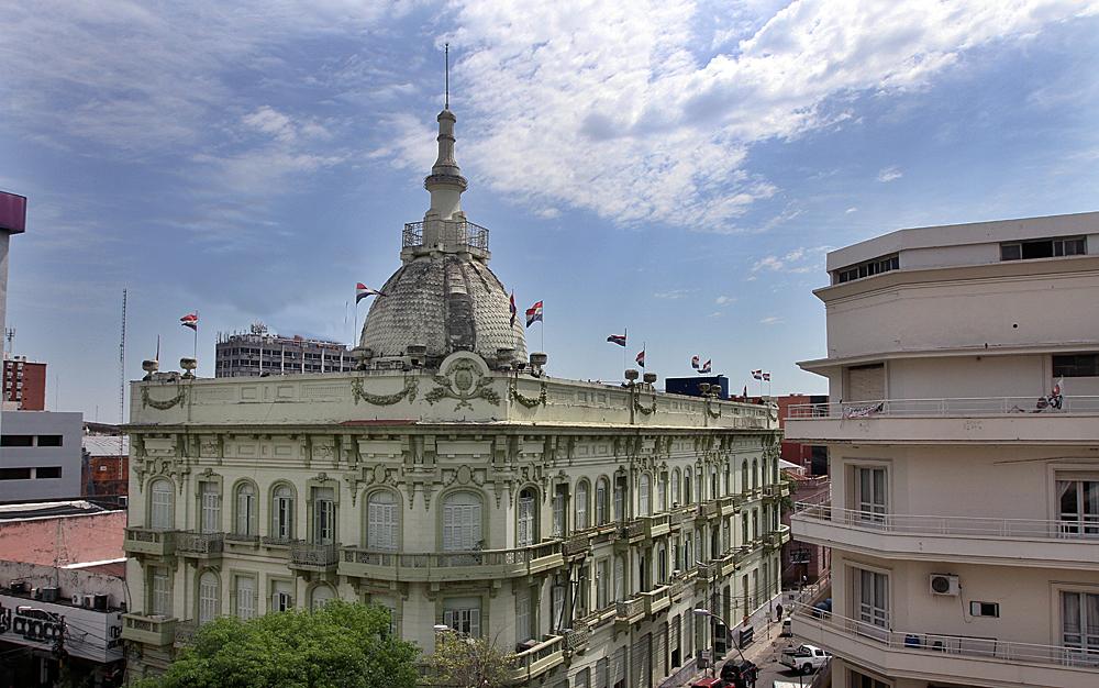 Hacienda colocó hoy Bonos del Tesoro por un total de Gs. 138.500 millones