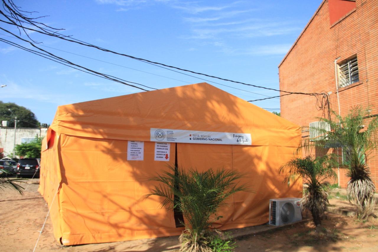 Habilitan carpa climatizada para pacientes con síntomas de dengue en Calle'i