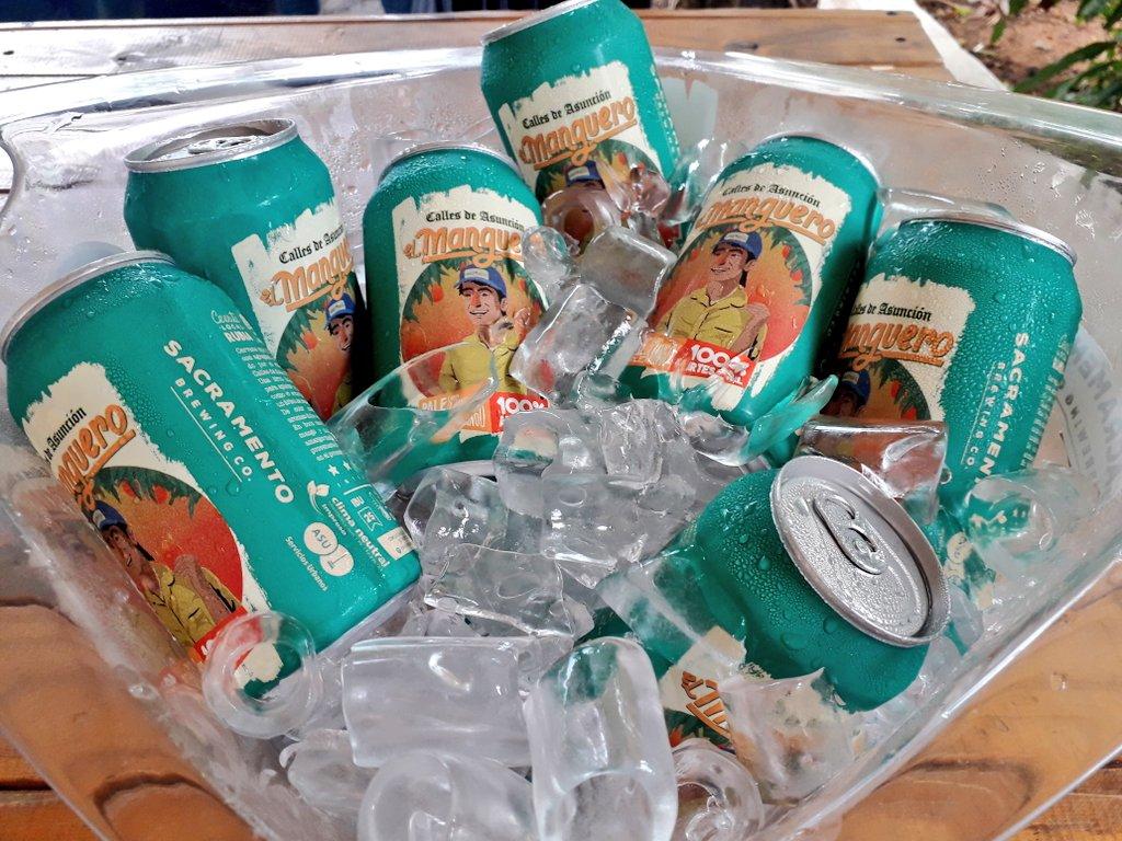 """La cerveza """"el manguero"""" con tinte social al rescate de mangos de las calles"""