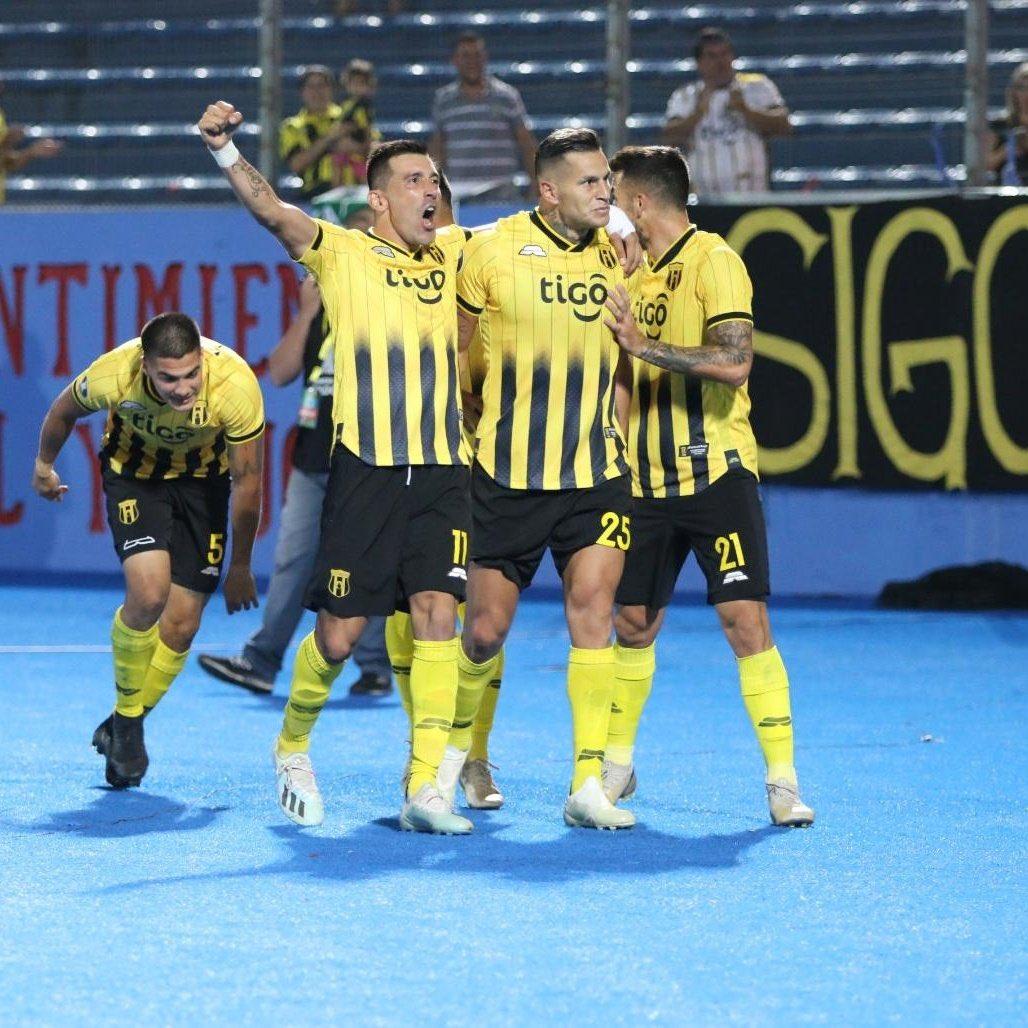 Guaraní derrota a Palestino y pasa a la fase de grupos de la Copa Libertadores