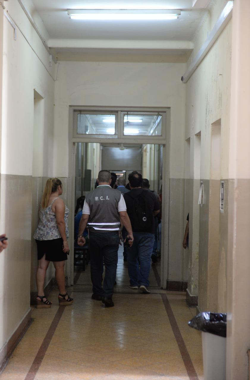 Prevención de incendios: Comuna asuncena verifica instalaciones de los espacios públicos