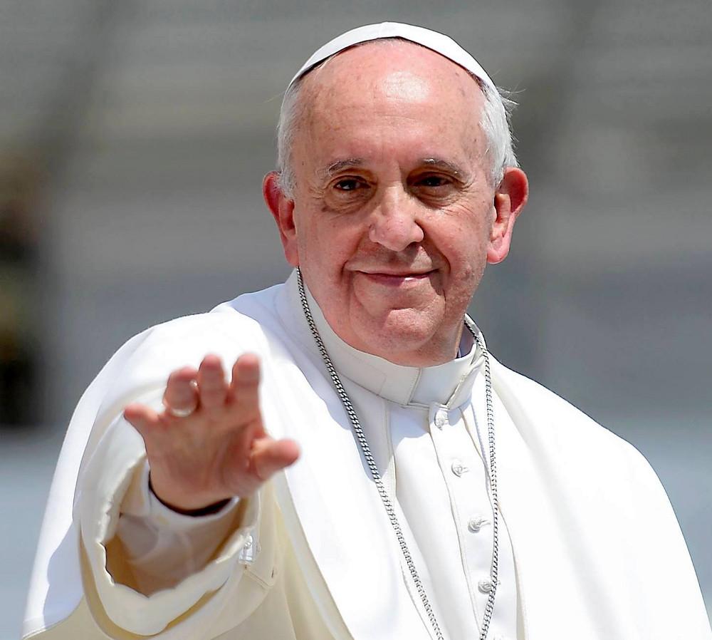 """Papa Francisco anima a católicos de China en sus """"esperanzas y desafíos"""""""