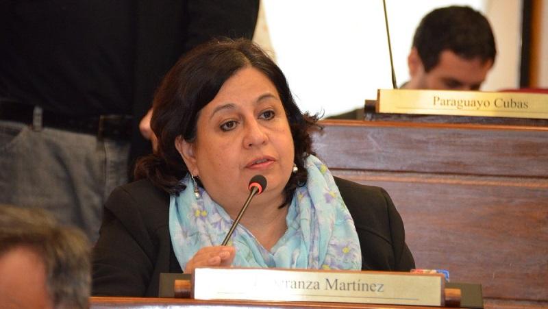 """""""A 77 días de cuarentena no es posible que la red hospitalaria tenga que servirse de donaciones y regalos"""", critica senadora - La Unión"""