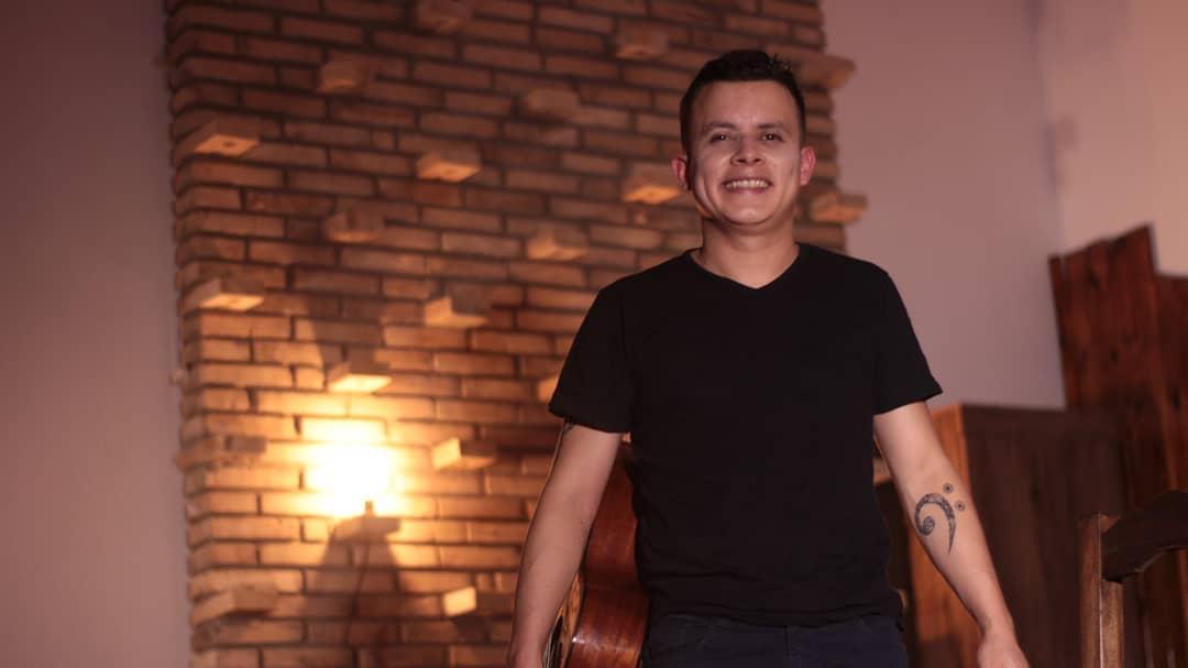 """""""Instantes"""" nuevo sencillo del cantautor paraguayo Nano García"""