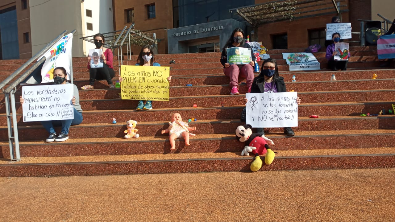 Madres exigen justicia para niña fallecida en Pedro Juan Caballero