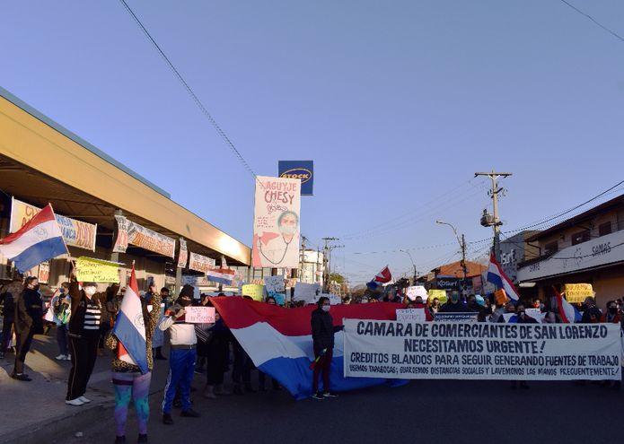 Situación de comerciantes de San Lorenzo empeora, aseguran