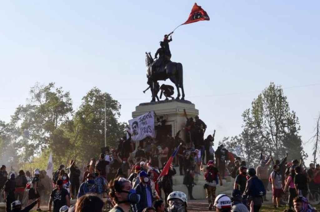"""""""El reclamo social hizo el cambio de Constitución"""", afirma politóloga"""