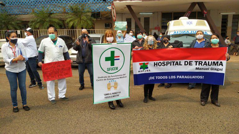 Funcionarios del Hospital del Trauma protestan por recategorización salarial y contra recorte presupuestario