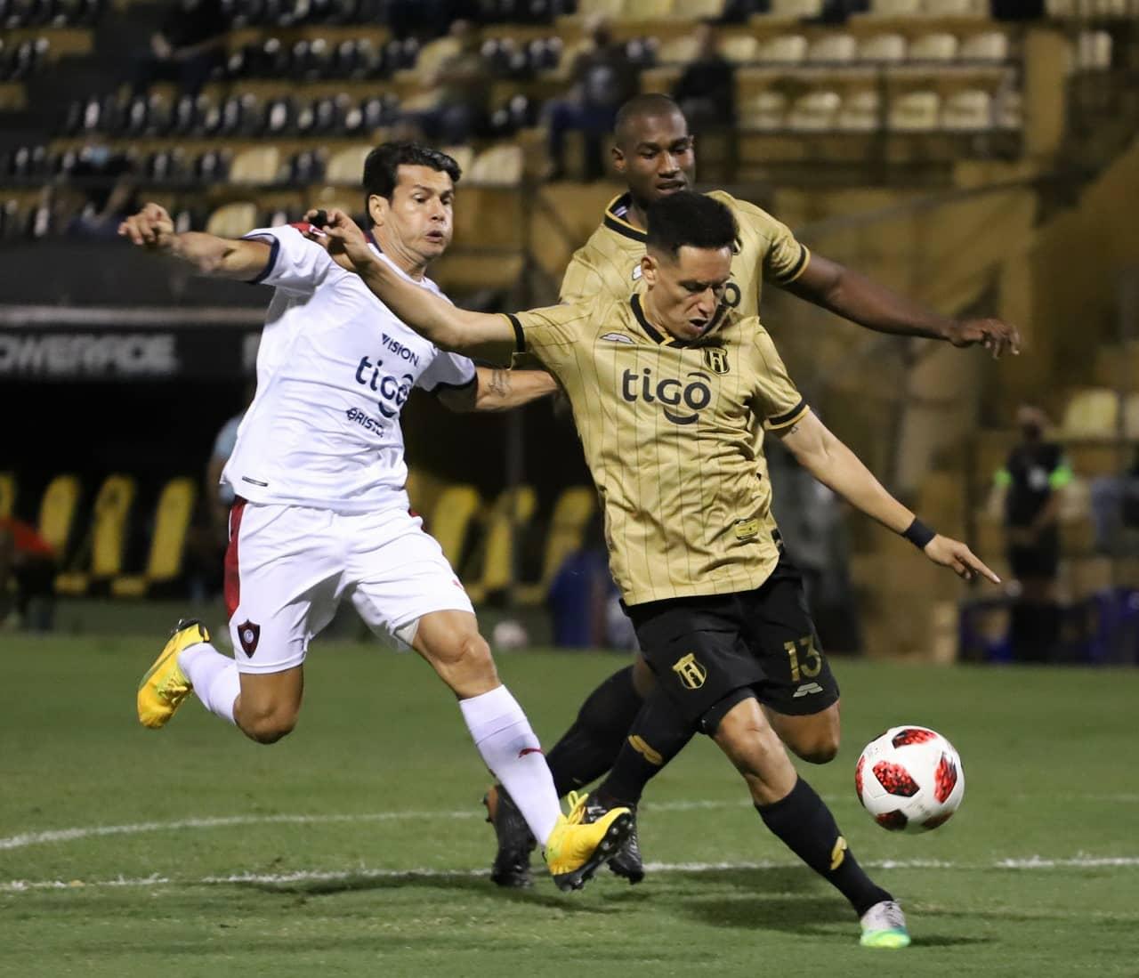 Guaraní y Cerro Porteño cerraron la  segunda fecha con emotivo empate