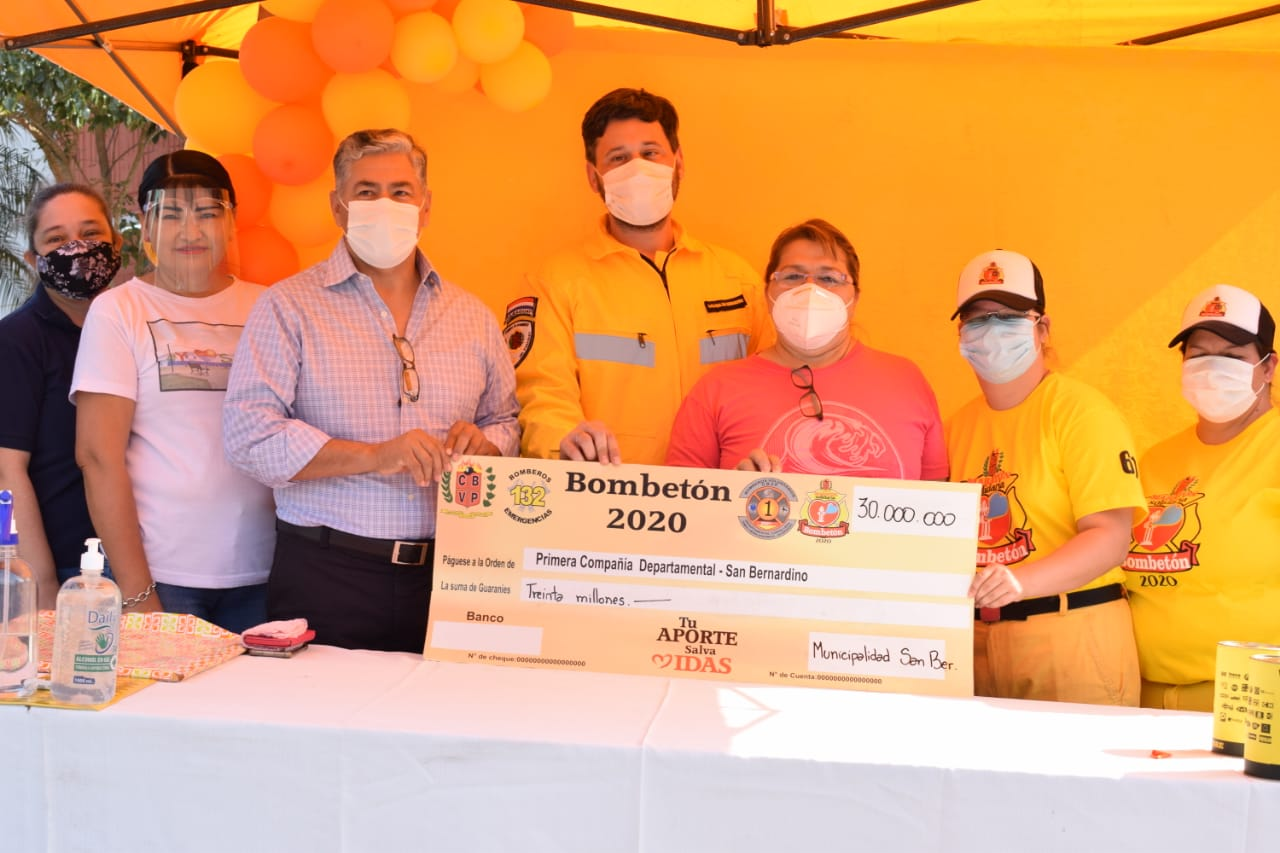 Intendente de San Bernardino realiza Donación a la Compañía de Bomberos Voluntarios k61