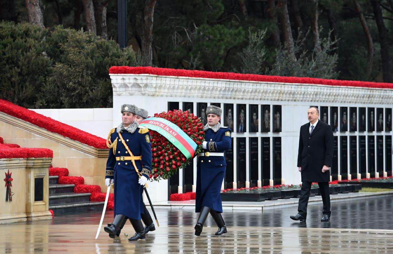 Conmemoran 31 aniversario del fin de la URSS en Azerbaiyán