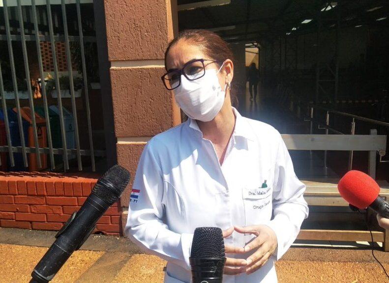 Preocupa que no se vacune a médicos internos que están en hospitales