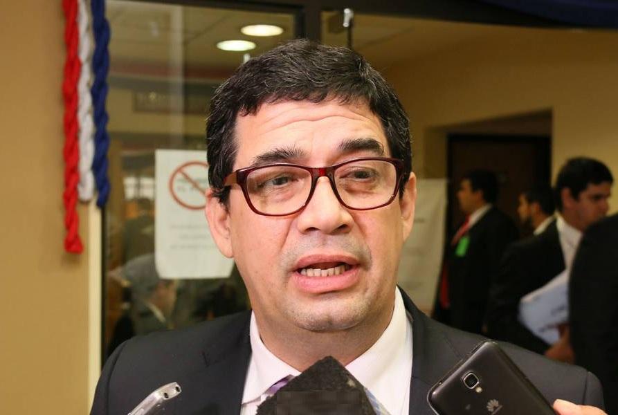 Vicepresidente Hugo Velázquez sugiere estudiar en Congreso proyecto de modificación de Ley de Emergencia
