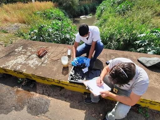 Sociedad Civil aúna esfuerzos para limpiar el arroyo Cañada del Carmen de Mariano Roque Alonso
