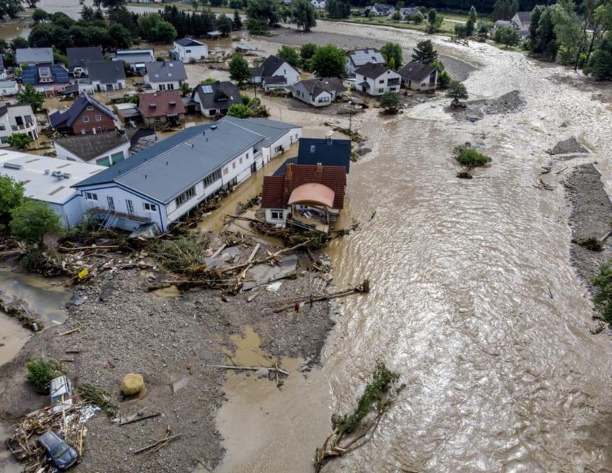 Más de 180 muertos y decenas de desaparecidos tras inundaciones en Europa