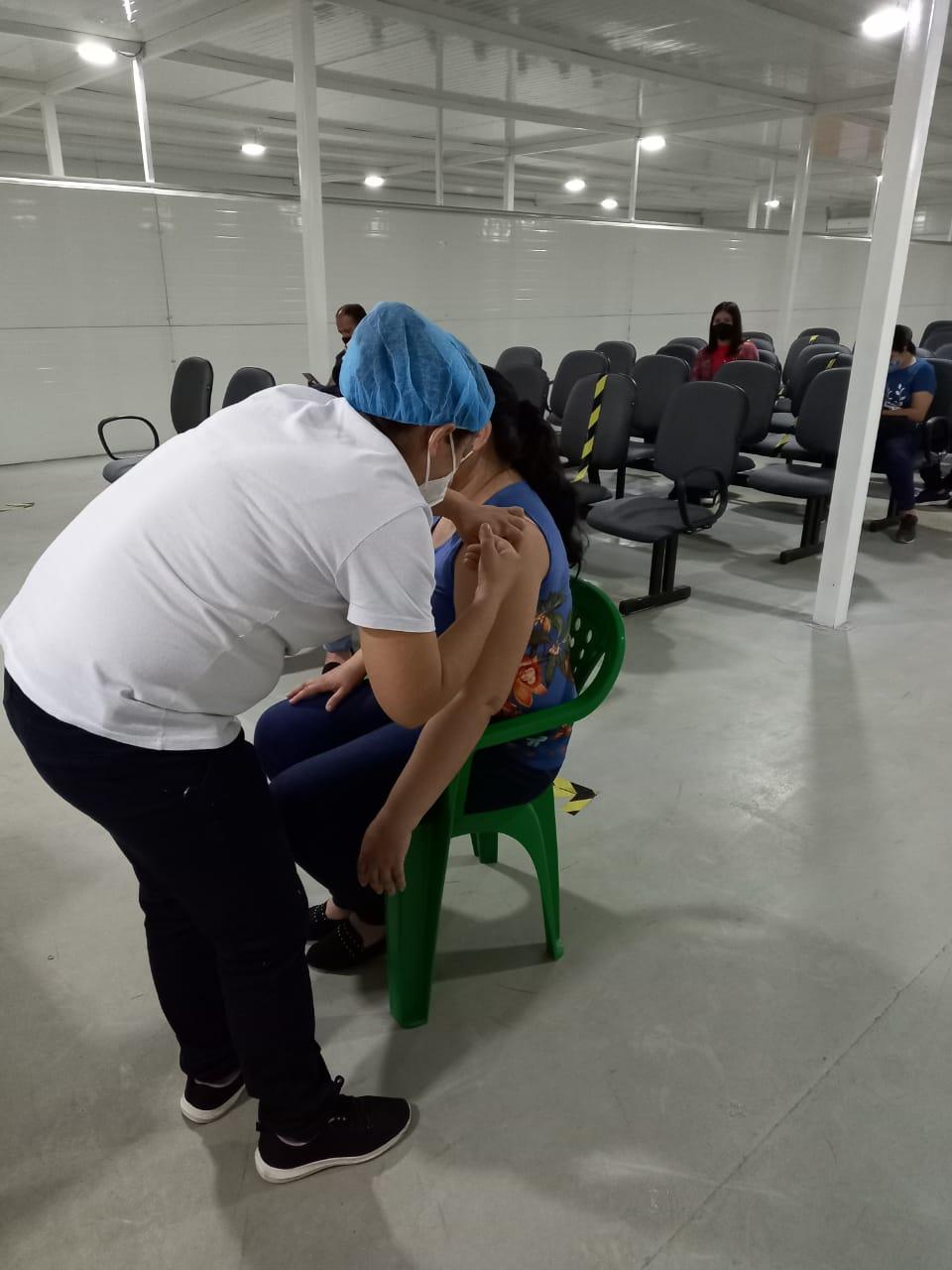 Alrededor de 33.000 docentes ya recibieron la vacuna contra COVID-19