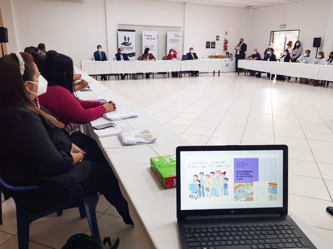 El Ministerio de la Niñez y la Adolescencia capacita a funcionarios de las CODENIs de municipios de Central