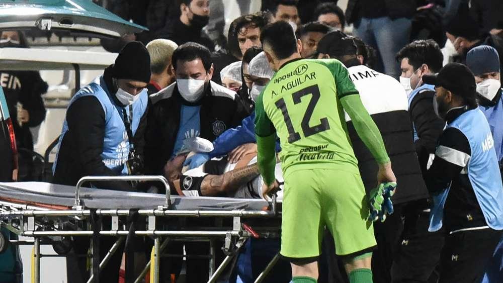Víctor Salazar presenta fracturas en el rostro tras golpe de jugador de Flamengo