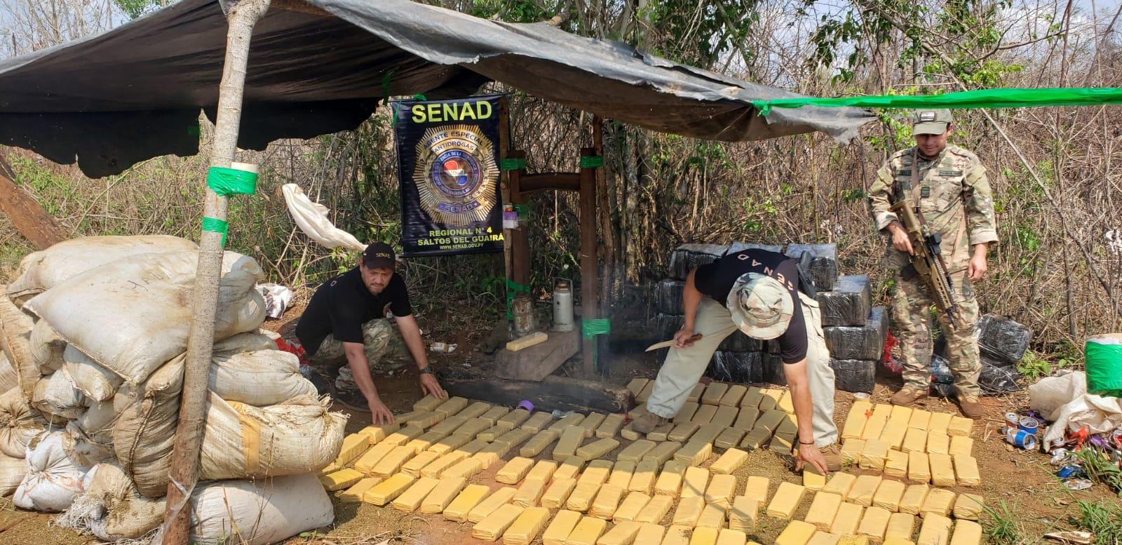 Desmantelannarcocampamentos en Canindeyú