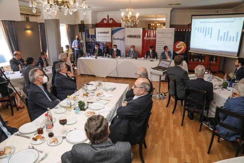 Hacienda compartió principales ejes del PGN 2022 con miembros de Cerneco