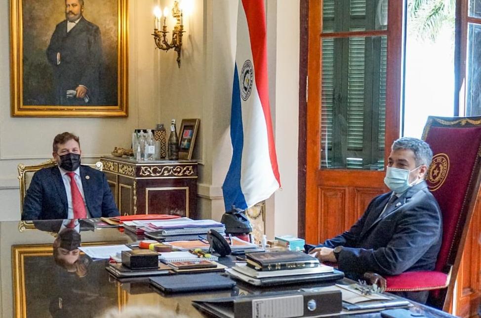 La CONMEBOL dona 30 mil vacunas anti-COVID a Paraguay