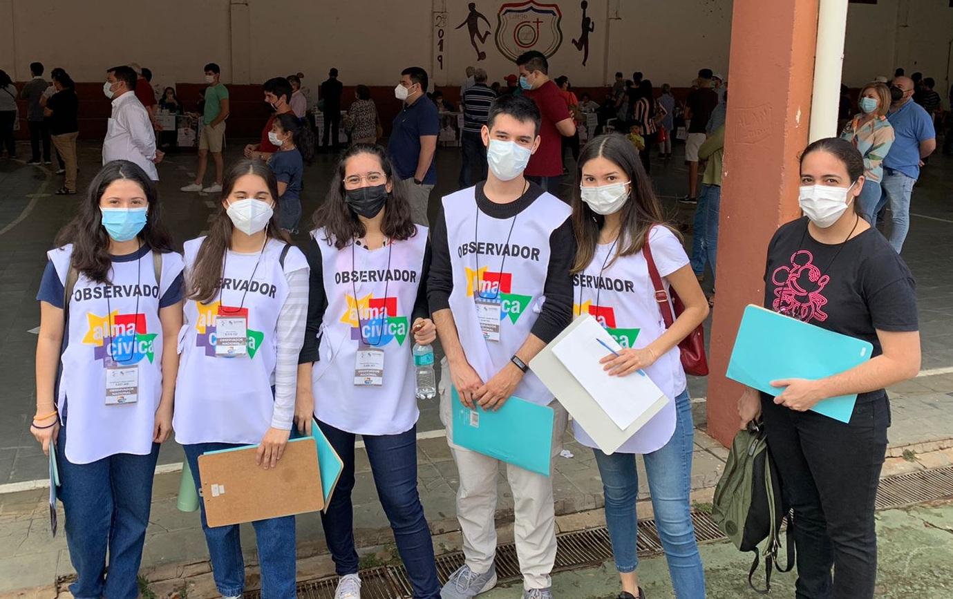 Más de 2.000 jóvenes participan en misión de observación electoral voluntario en todo el país